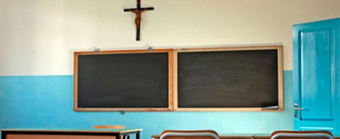 Un giudice di Modena: «Il Crocifisso fuori dalle aule durante le elezioni»