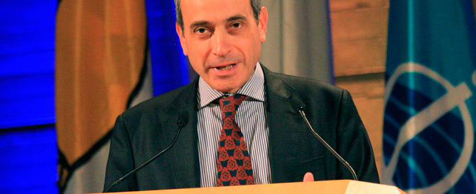 """""""Guerra"""" sull'ambasciatore gay. Parigi non molla: puntiamo su Stefanini"""