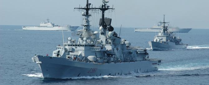 Il Mediterraneo brucia, la flotta disarma e affonda. Renzi non parla