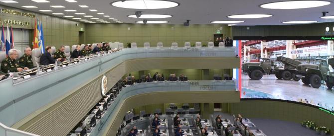 Putin annuncia: a causa delle sanzioni dovremo potenziare l'industria bellica