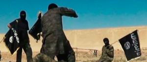 Isis, crocifissioni, sottomissioni: è questo il vero fronte del male