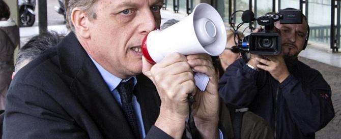 """Anche Cuperlo attacca Renzi: """"Sta sbagliando tutto, anche su Marino"""""""