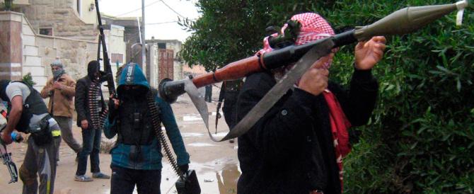 Siria, l'Is a Damasco: conquistato campo profughi palestinesi