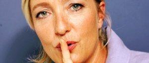 """Marine Le Pen smentisce gli sms """"segreti"""" con Mosca: accuse deliranti"""