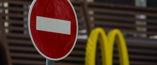 Russia, dopo 25 anni chiude il primo McDonald's. Colpa della crisi ucraina?