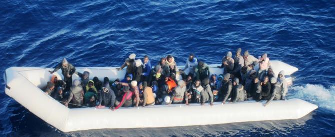 Migranti, ecco cosa succede dall'Australia alla Ue. Ma in Italia…