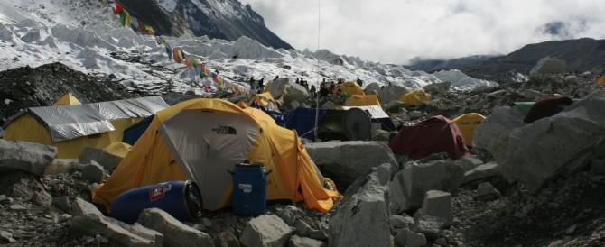 Terremoto in Nepal, due italiani trovati morti sotto le macerie