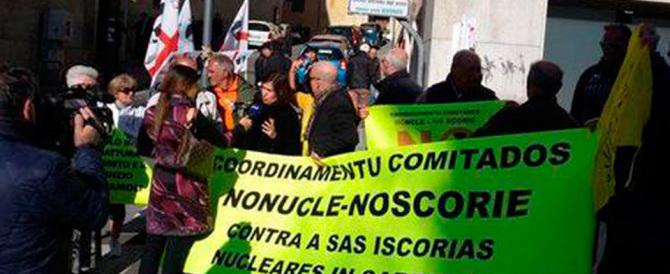 Scorie nucleari, alta tensione a Cagliari: contestato il ministro Galletti