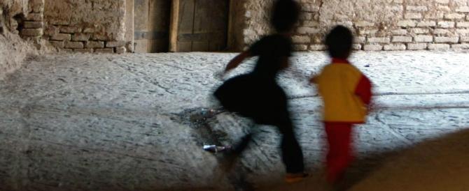 Abusava delle 3 nipotine: nonno orco condannato a 13 anni e mezzo