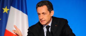 Sarkozy vuole cambiare il nome del partito. Ed è travolto dalle critiche