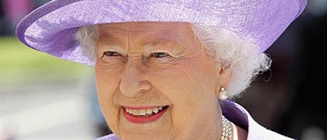 Il crollo di un mito: la Bbc estromessa dai festeggiamenti per la regina