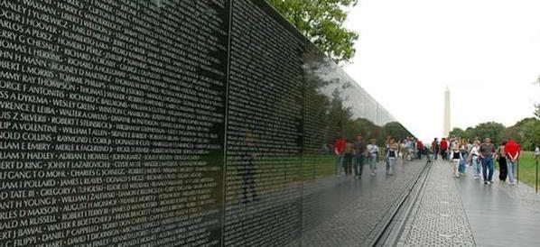 Terrorismo, un Memoriale delle vittime per non dimenticare. Come negli Usa
