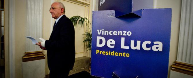 Giunta rosa per De Luca, il governatore sospeso dalla sospensione