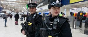 """""""Bombe chimiche dell'Isis a Londra"""". Allerta degli 007 inglesi"""