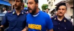 """I centri sociali impediscono il comizio. Salvini sbrocca: """"Zecche di m…a"""" (video)"""