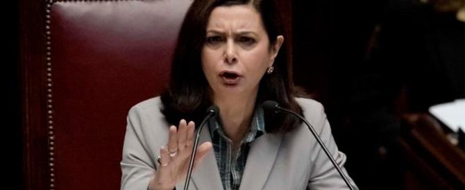 """Alla Boldrini piace il """"piano migranti"""". Gasparri: macché, è una presa in giro"""