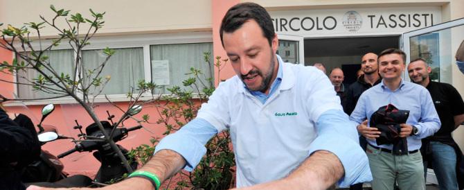 Salvini: gli insulti di Renzi? E' il segnale che ha paura di perdere