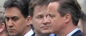 """Lo sprint di Cameron: governo e referendum. E l'Ue prepare la """"diga"""""""