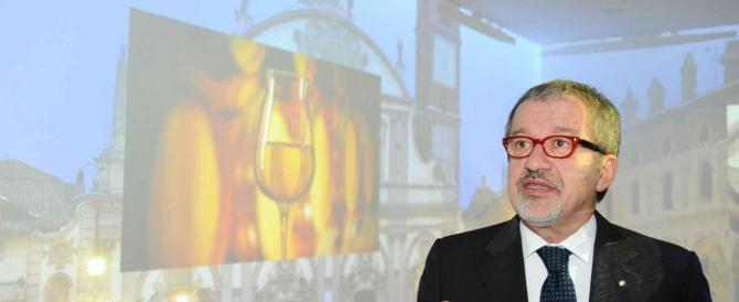 Maroni sorpassa Grillo e annuncia: «Introduco il reddito di cittadinanza»