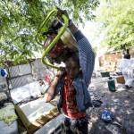 Sgombero insediamento abusivo a Roma, ferita vigilessa