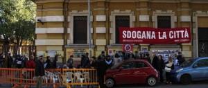 Persino la rossa San Lorenzo contro i migranti: «Qui non li vogliamo»