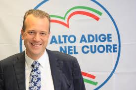 Bolzano, l'ex An Urzì al ballottaggio con il sindaco uscente del Pd