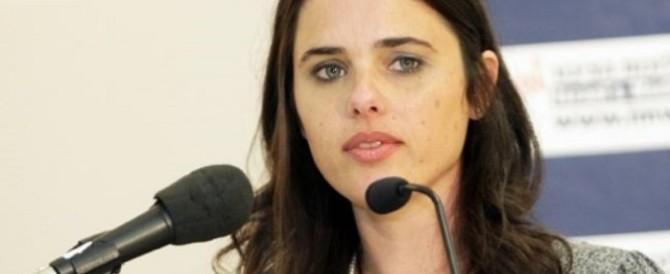 """La """"cerbiatta"""" di destra Ayelet Shaqed conquista la ribalta in Israele"""