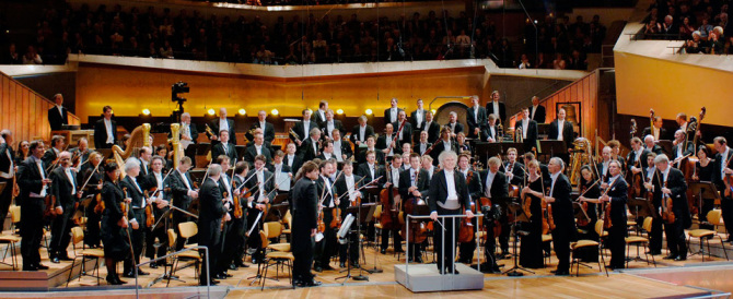 È un grande direttore d'orchestra ma è di destra. E i Berliner vanno in tilt
