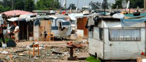Gestione dei campi nomadi: raffica di arresti a Roma, le coop nel mirino