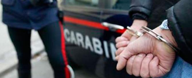 Truffava via web a Vibo Valentia: 6 arresti per falsi annunci on-line