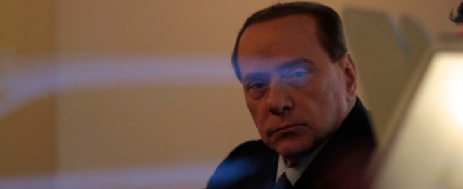 """Complotto contro Berlusconi, ecco chi furono i """"cospiratori"""" e perché"""