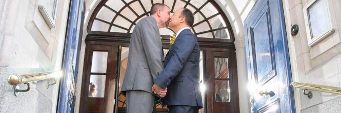 Nozze gay, la cattolicissima Irlanda al voto per un referendum storico