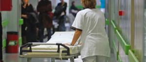 Un'infermiera muore dopo un banale intervento estetico alle palpebre