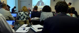 Grillo-show all'assemblea dell'Eni: accuse e lite con la Marcegaglia