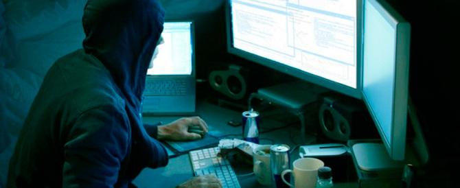 Arrestati due hacker, hanno attaccato i siti informatici di ministeri e di Expo