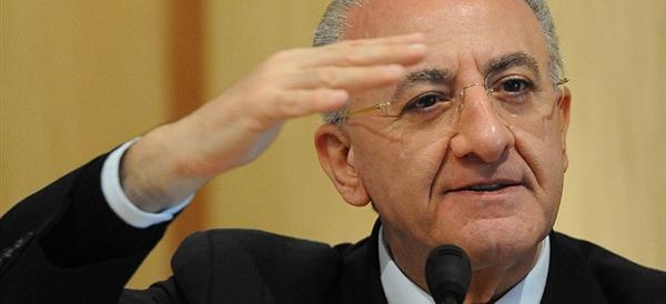 De Luca, slitta ancora la decisione sulla Severino: la Campania resta in bilico