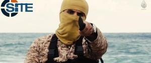 Isis, la Libia ci avverte: «I terroristi stanno arrivando da voi sui barconi»
