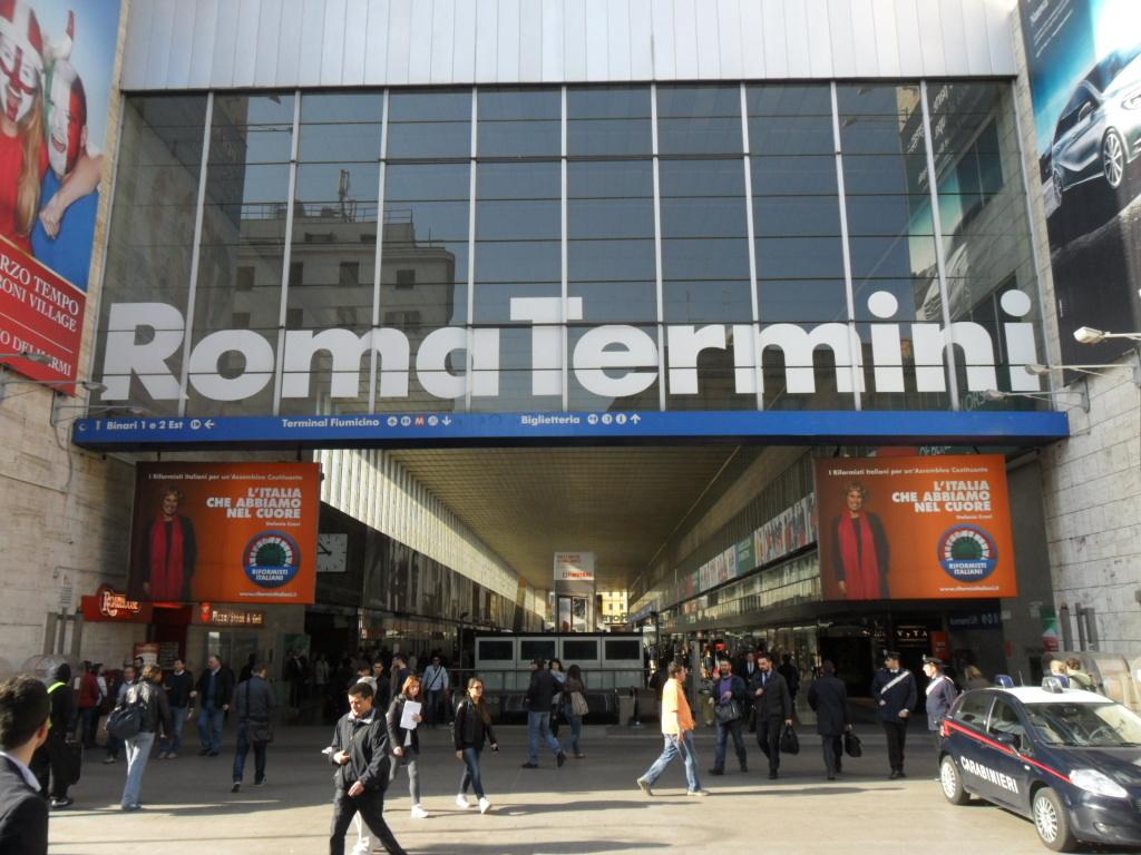 Sesso alla stazione termini con minori rom arrestato for Affitto ufficio roma stazione termini