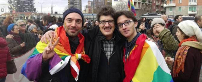 Dopo la legge sulle unioni civili, sarà riconosciuto anche l'amore a tre?