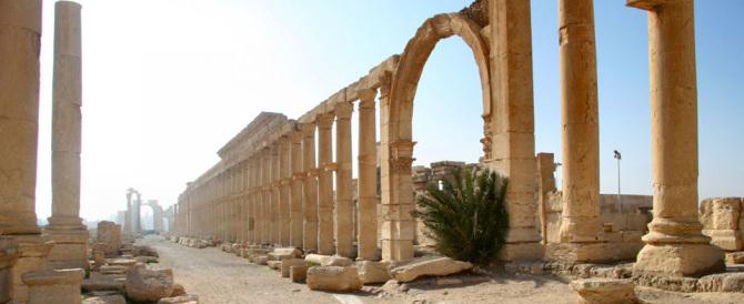È arrivata l'Isis, fuga da Palmira per portare in salvo i reperti archeologici