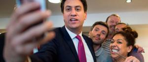 Londra, il Labour sotto shock cerca un leader. Ma per ora cadono solo teste