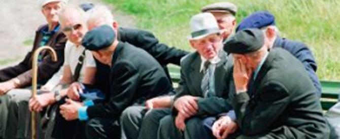Fuoco contro il governo: «Avete rubato 6 milioni ai pensionati, restituiteli»