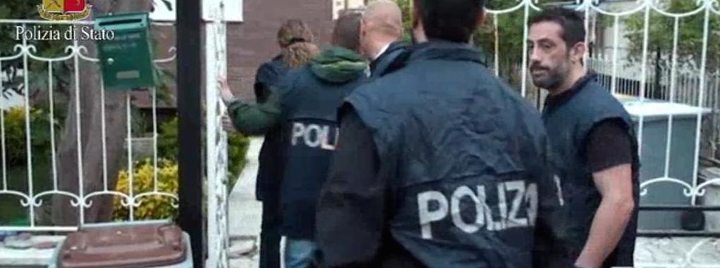 Arrestato un sacerdote e Brindisi