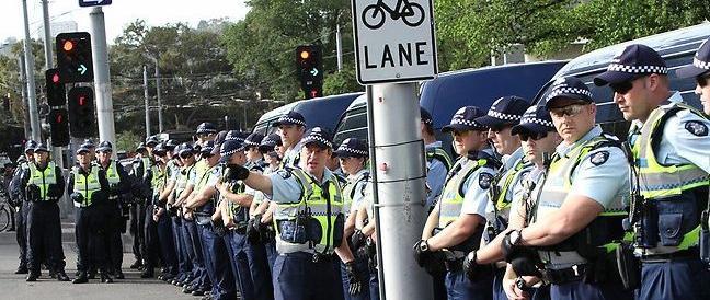 Melbourne, la polizia sventa un attentato per il Giorno della Mamma