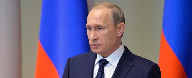 """Putin: """"Stalin era un criminale comunista, stop alle celebrazioni"""""""