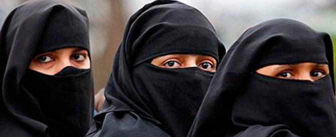 Tunisino maltrattava le tre figlie ventenni. «Erano solo rimproveri…»