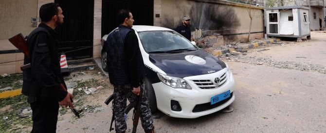 Libia, i miliziani prendono in ostaggio 172 tunisini: è incidente diplomatico