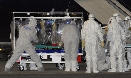 Ebola, torna l'allarme. I medici avvertono: «Siamo impreparati»