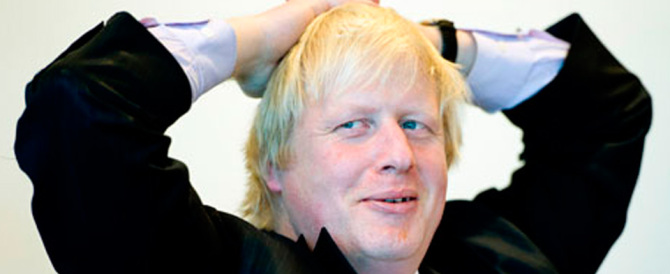 Boris Johnson rinuncia a guidare i Tory. Scende in campo Theresa May