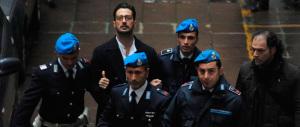 Fabrizio Corona torna in carcere. Il Pm:«Un delinquente professionale»